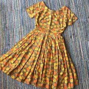 Dresses & Skirts - VINTAGE 1950s handmade floral dress